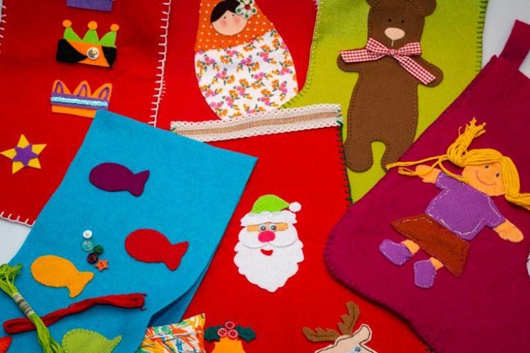 Imatge mitjons de Nadal solidaris: projecte col·laboratiu.