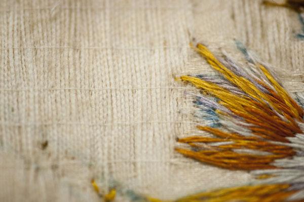 Consolidació del teixit mitjançant punts de restauració