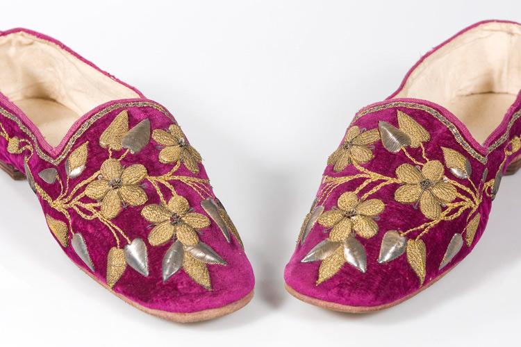 """Imatge sabates """"Secrets de Museu temàtic"""""""