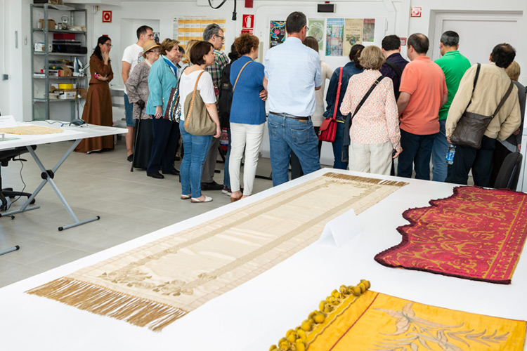 Imatge activitat XVI Fira Modernista. Visita el taller de restauració.