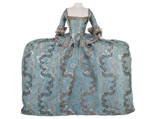 Descobreix la col·lecció d'indumentària de Lluís Tolosa Giralt