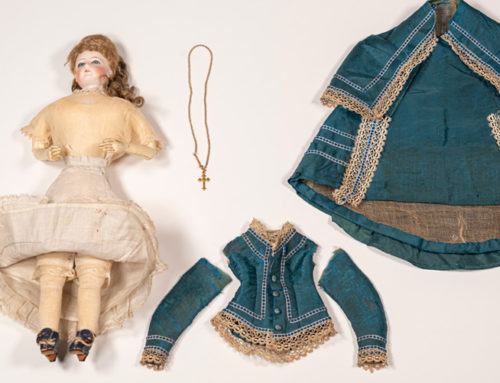 Muñecas maniquí difusoras de la moda de París